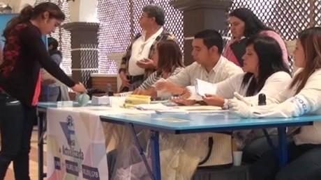cnnee pkg vasquez gautemala elections 2015_00013121