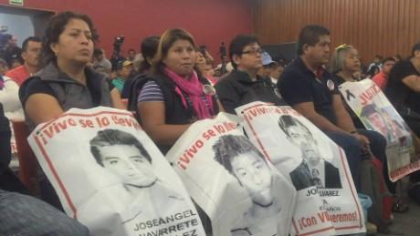 cnnee pkg alis ayotzinapa want pena reunion _00015807