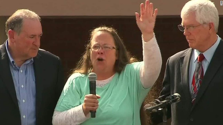 Freed Kentucky clerk: I give God the glory