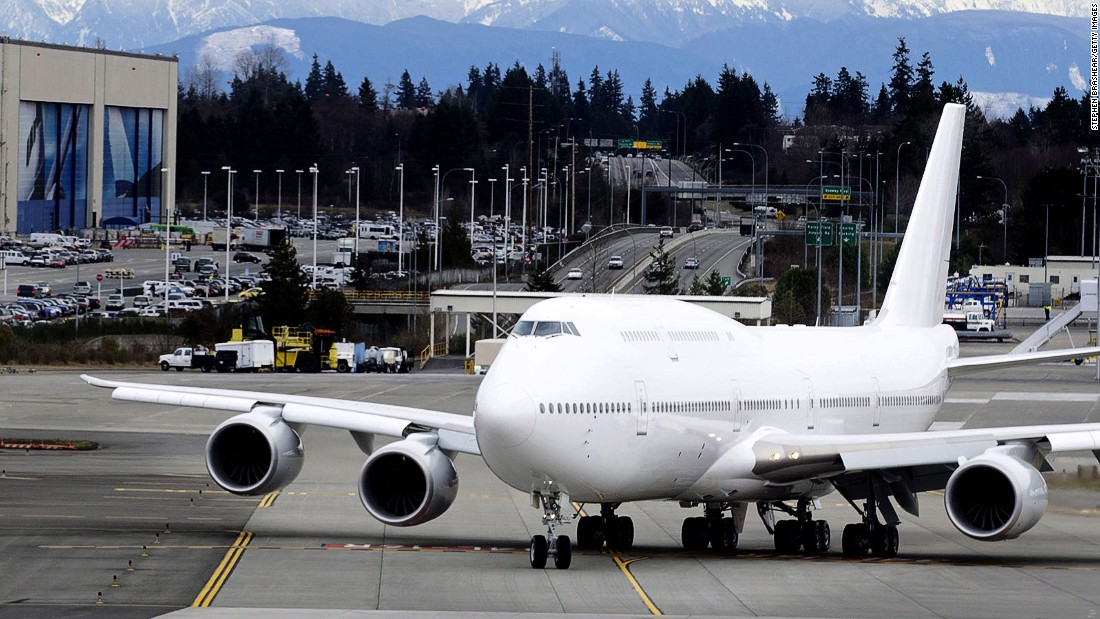 Despite the fact that its latest iteration, the Boeing 747-8, hasn't exactly been a commercial success -- many airlines have started to pull earlier versions of it from service -- there are still many Jumbos around. This means there will be opportunities to fly on a Boeing 747 for decades to come.