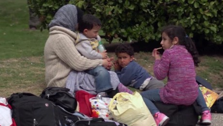 uruguay syrian refugees romo pkg_00010309