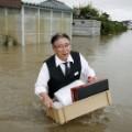 07 japan flooding 0910