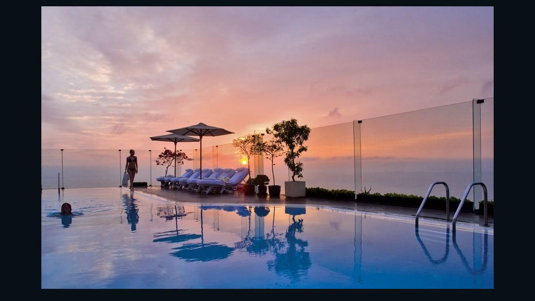 World 39 s top 10 hotel brands cnn travel for Best hotel group