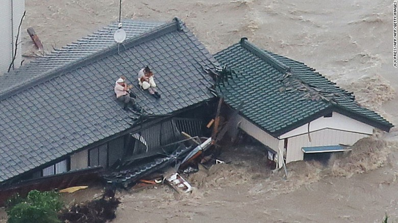Heavy flooding wreaks havoc in Japan