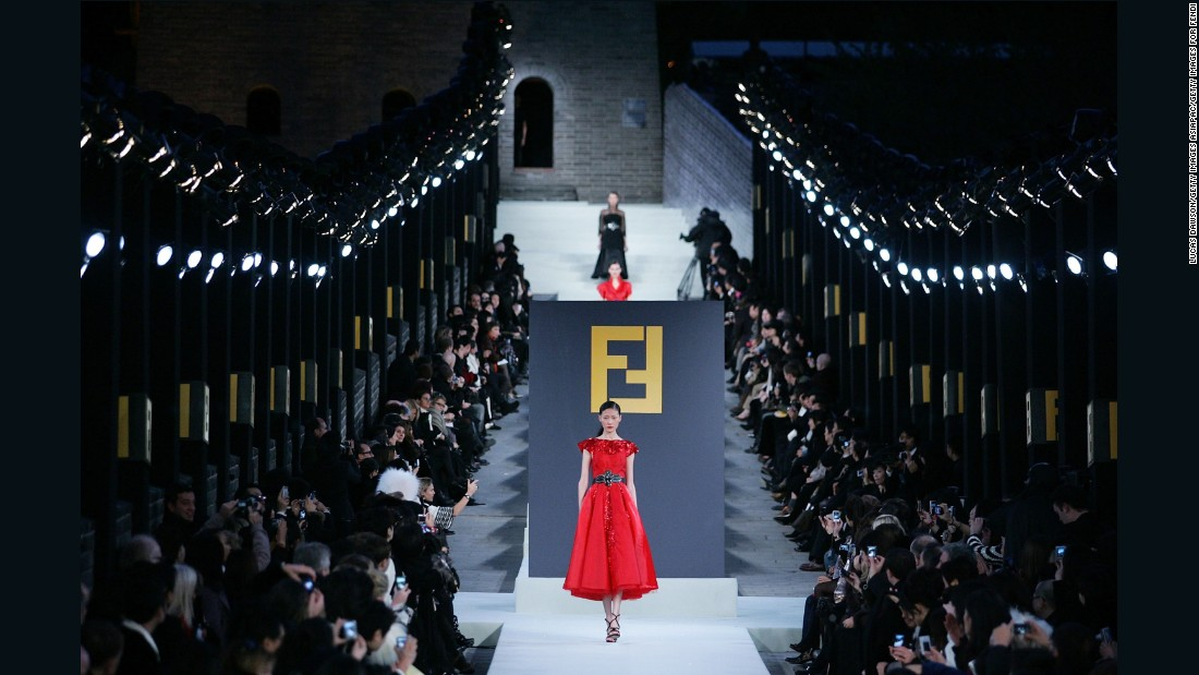 In 2007, with Karl Lagerfeld at the helm, Fendi staged one of its most magnificent fashion shows. History was made when they hosted the world's longest runway show on the ancient 1,500 mile long Great Wall of China. VIP guests from around the world were invited to attend the event, which reportedly cost the luxury fashion house around $10 million. Not actually Cruise, it featured instead a mini collection from the Spring-Summer 2008 collection.