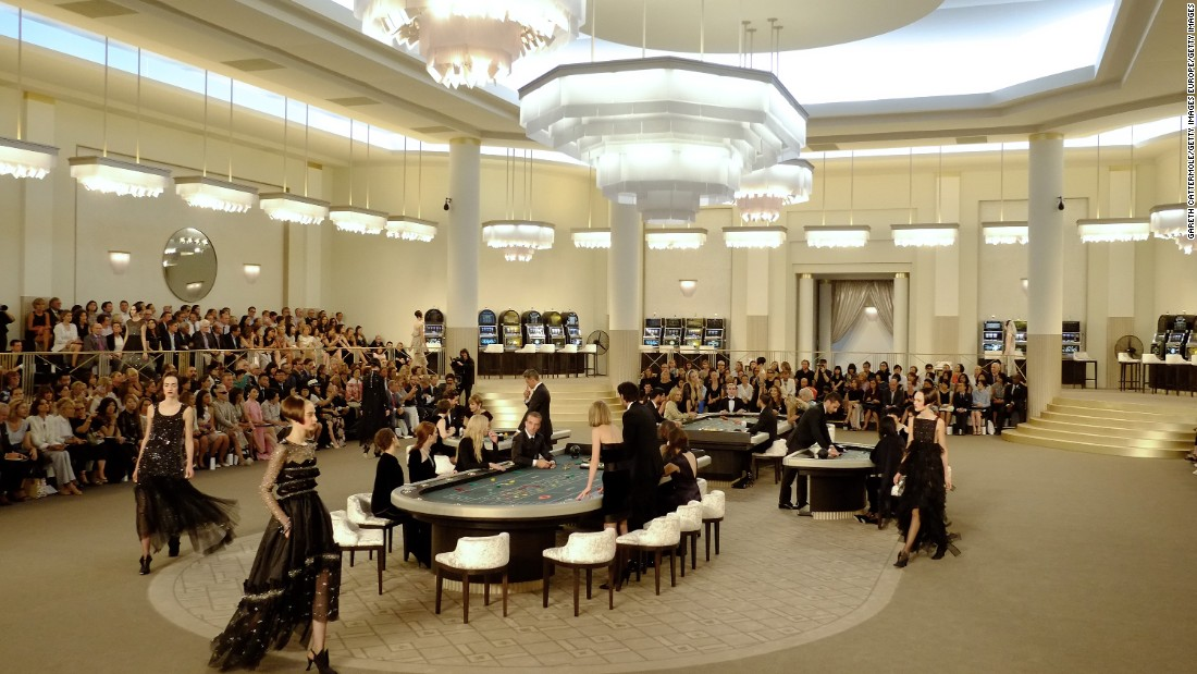 Turning a simple fashion show into an interactive production, Chanel's fall/winter 2015/2016 show invited guests to experience the new collection under the guise of a casino set-up.