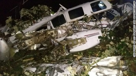 2 die when plane used for Tom Cruise movie crashes in Colombia