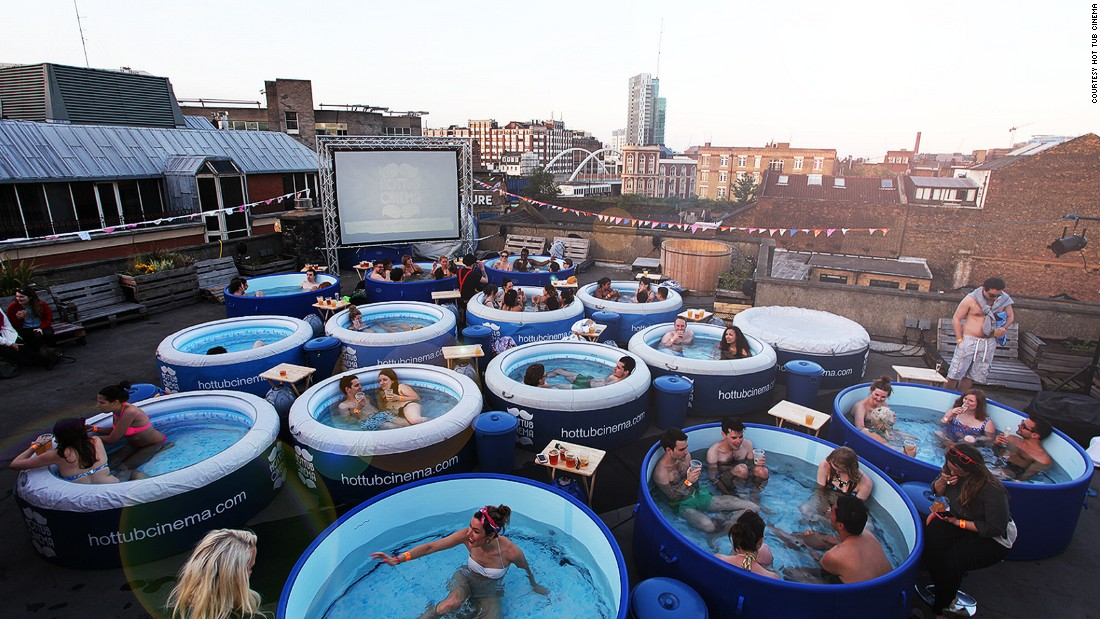 Beautiful outdoor cinemas - Piscinas de plastico ...