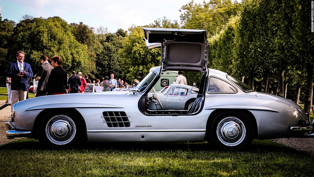 Chantilly concours d 39 elegance riding in style for Mercedes benz chantilly