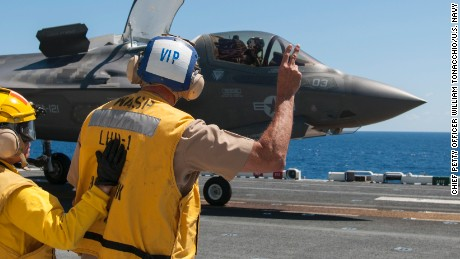150526-N-BQ308-152 