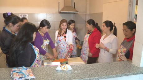 cnnee pkg laje undernourishment in argentina _00012228