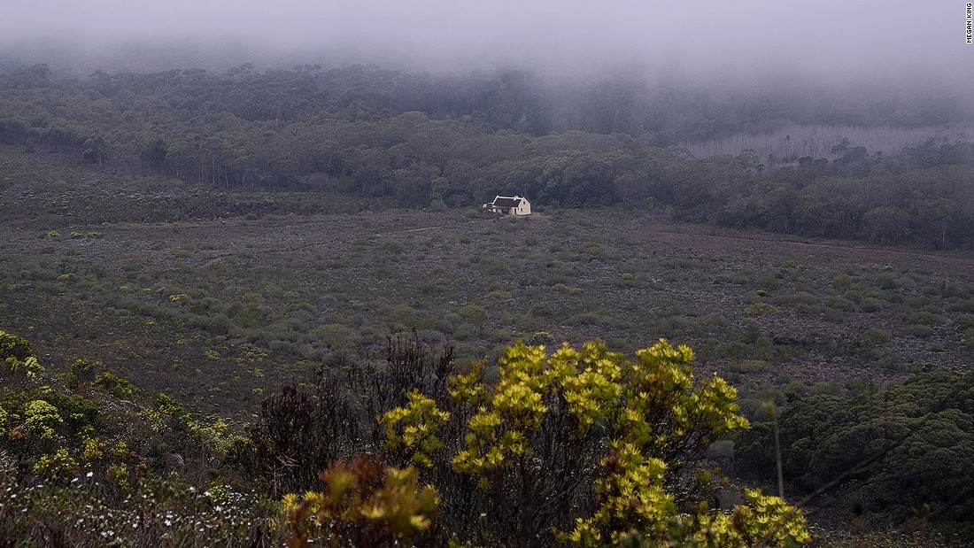 The first, and toughest, part of the trail leads from Potsberg to Cupidoskraal, where it's possible to overnight at this isolated cottage. The next day it's on to Noetzie and the coast.