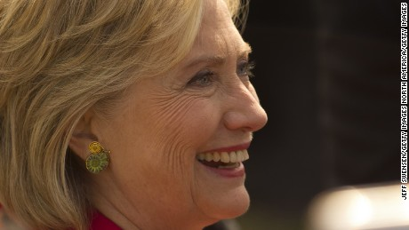 Democratic presidential candidate and former U.S. Secretary of State Hillary Clinton speaks to attendees following a campaign event on the campus of Case Western Reserve University on August 27, 2015 in Cleveland, Ohio.