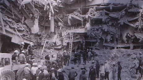 cnnee npkg mira remember earthquake mexico 30 years_00001315