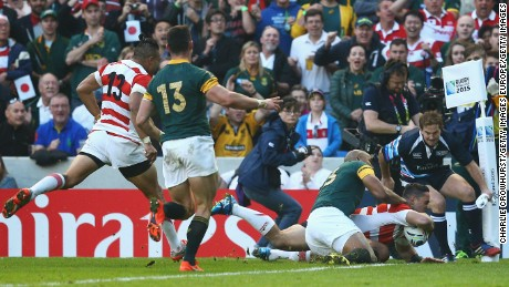 BRIGHTON, ENGLAND - SEPTEMBER 19:  Karne Hesketh of Japan scores the winning try during the 2015 Rugby World Cup Pool B match between South Africa and Japan at the Brighton Community Stadium on September 19, 2015 in Brighton, United Kingdom.  (Photo by Charlie Crowhurst/Getty Images)