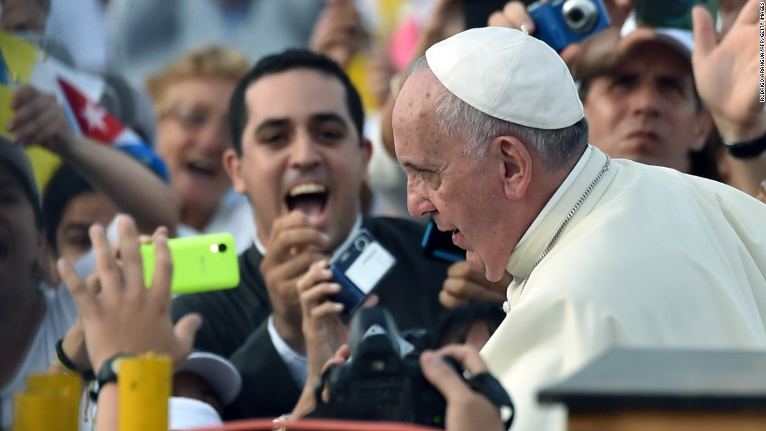 Pope Francis arrives at Revolution Square on September 20.
