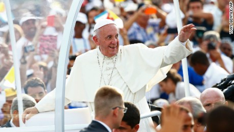 Poll: Most Americans view Pope Francis favorably
