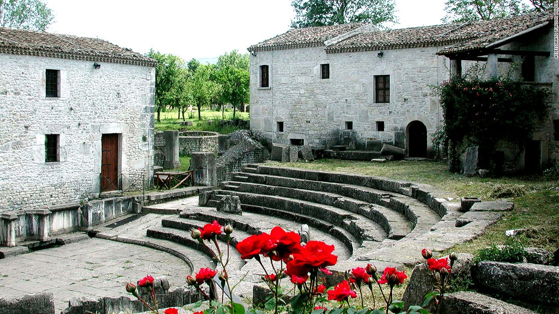 Saepinum is one of Italy's best preserved examples of a provincial Roman town. It's far less crowded than more celebrated sites.