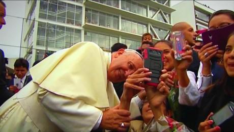 cnnee promo el papa del pueblo cuomo doc_00000317