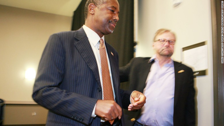 Ben Carson: Money pouring in after Muslim remarks