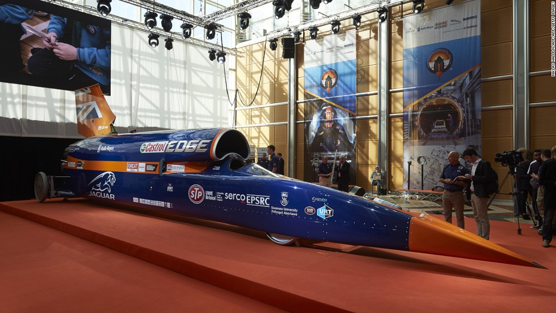 This supersonic car mixes automobile and aircraft technology. It's powered by a jet engine and a rocket together with a petrol engine auxiliary power unit.