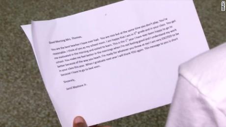 student writes letter thanks teacher pkg_00000505