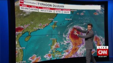 taiwan typhoon dujuan van dam live_00002521