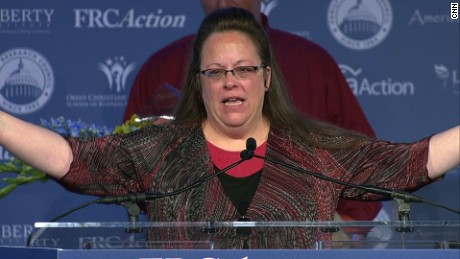 Kim Davis Republican Values Voter Summit award_00000606.jpg
