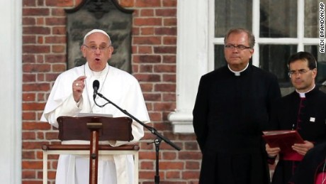 Pope Francis speaks in front of Independence Hall, from the lectern used by President Abraham Lincoln during the Gettysburg Address, Saturday, Sept. 26, 2015 in Philadelphia. (AP Photo/Alex Brandon)