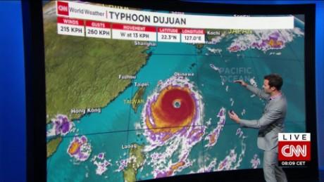 taiwan typhoon dujuan van dam cnni nr lklv_00003823