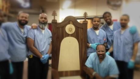 cnnee pkg harlow prision pope visit hiladelphia_00015409