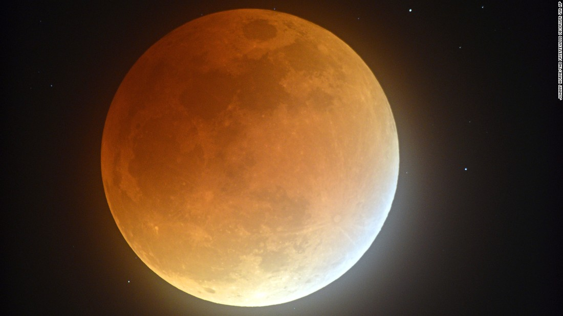 See The Biggest Supermoon Since 1948