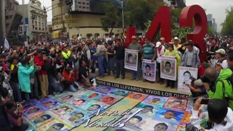 cnnee pkg alis one year ayotzinapa familly _00012128