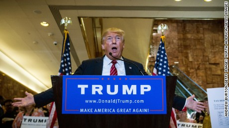 NEW YORK, NY - SEPTEMBER 28:  Republican presidential candidate Donald Trump gives a speech outlining his vision for tax reform at his skyscraper on Fifth Avenue on September 28, 2015 in New York City. Under the plan there would be four tax categories, with people earning less than $25,000 per year paying 0% tax.  (Photo by Andrew Burton/Getty Images)
