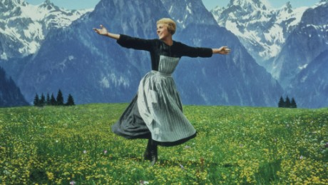 20th Century Fox Home Entertainment. All rights reserved. Titles: The Sound of Music Names: Julie Andrews Characters: Maria von Trapp Still of Julie Andrews in The Sound of Music (1965)