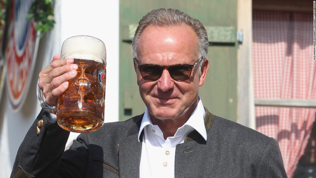 Bayern's chief executive officer Karl-Heinz Rummenigge also treated himself to a drink in honor of the club's impressive start to the season.