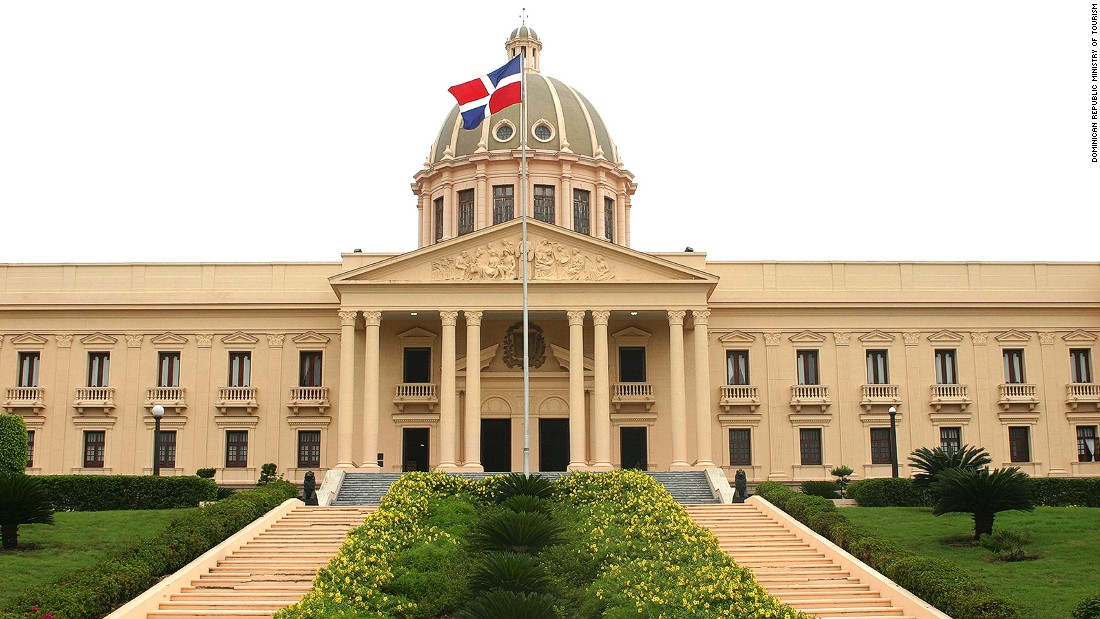 Santo Domingo's National Palace has never actually been the home of the Dominican president. It's used as an office building. The interior is decorated with mahogany furniture, gold and paintings from Dominican artists.
