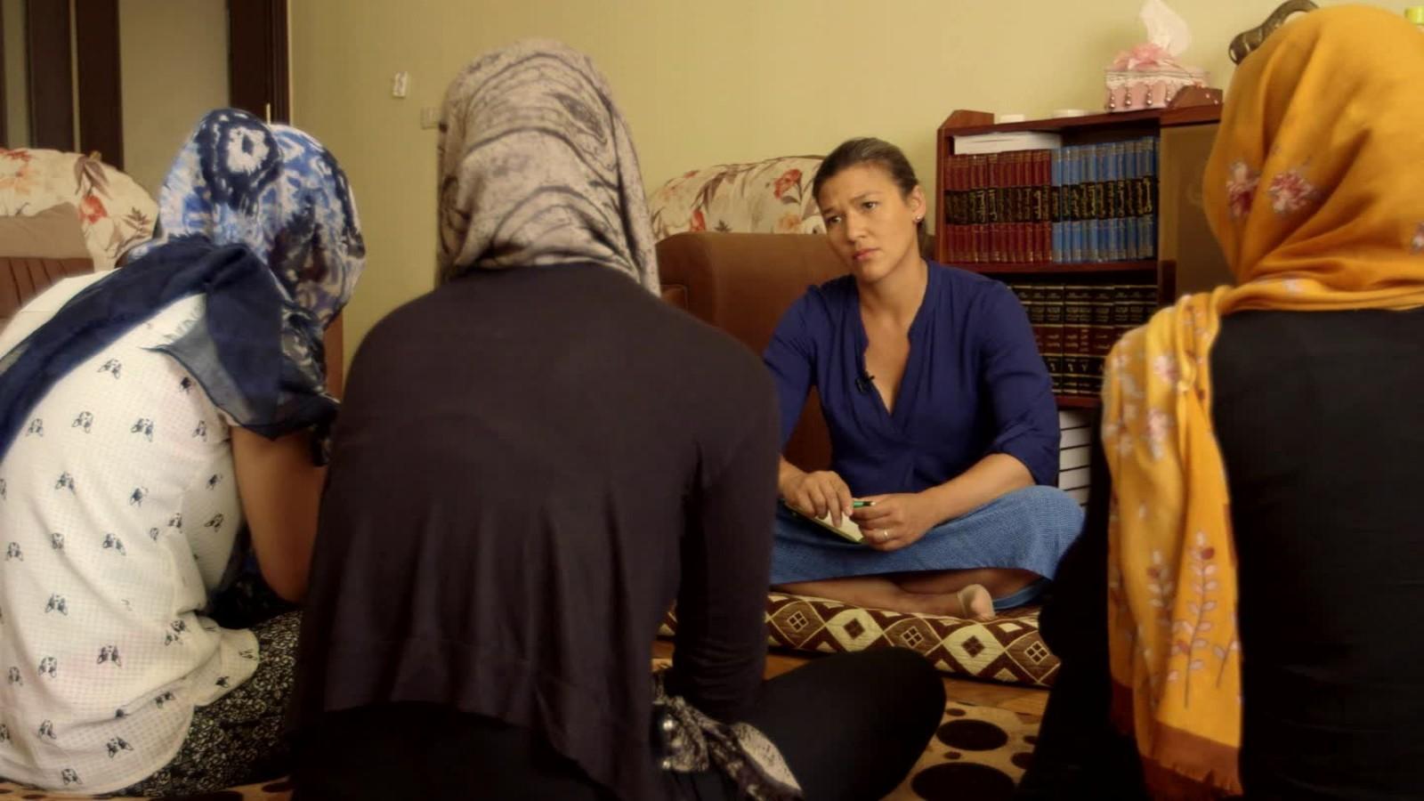 видео секс с береминами две женщины