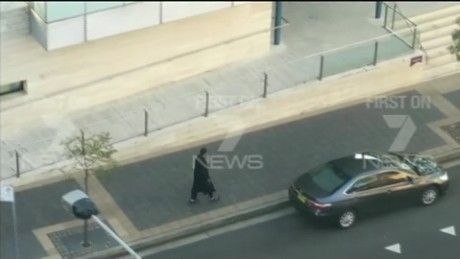 sydney police arrest five men_00000120