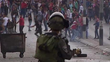 israel spiral violence middle east mclaughin pkg_00000000