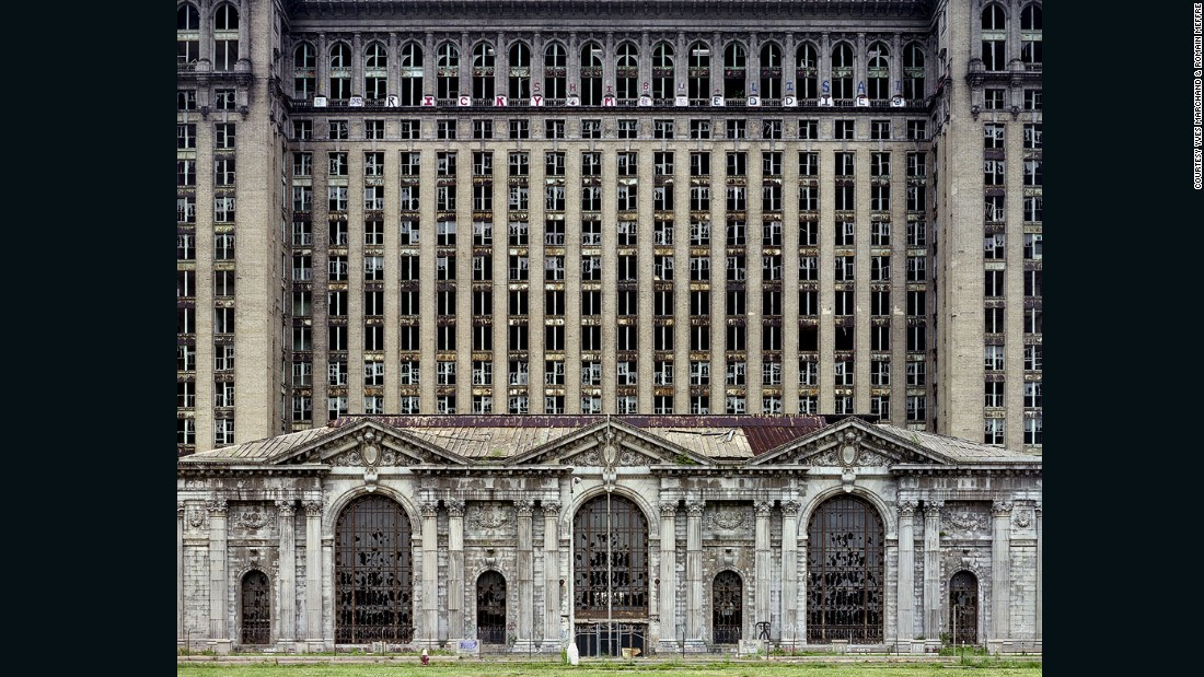 The photos, taken between 2005 and 2010, speak to a larger story about the death of industry and the impact of changing economies. <br /><em><br />Michigan Central Station, 2007</em> <em>(Detroit, Michigan) </em>