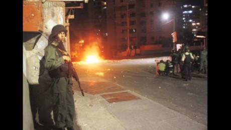 cnnee pkg hernandez venezuela disturbances_00000602