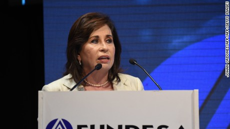 Guatemalan presidential candidate for the National Union of Hope (Union Nacional de la Esperanza) party, Sandra Torres delivers a speech during the XII National Meeting of Businessmen (ENADE in spanish) in Guatemala city on October 8, 2015. AFP PHOTO Johan ORDONEZ        (Photo credit should read JOHAN ORDONEZ/AFP/Getty Images)