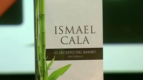 cnnee intvw cafe ismael cala new book _00020426