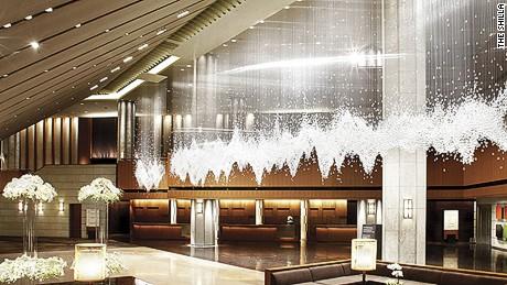 Shilla lobby sparkle.