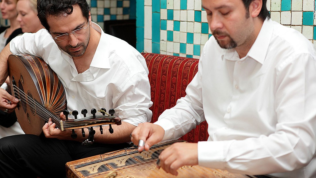 Many Turkish taverns feature a fasıl ekibi, a band of male musicians who play traditional tunes on instruments such as the ney (a reed flute), a saz or a kanun (both string instruments). A raki-fueled night often ends with people dancing on tables and chairs.