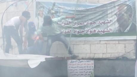 cnnee pkg levy knives intifada_00011030