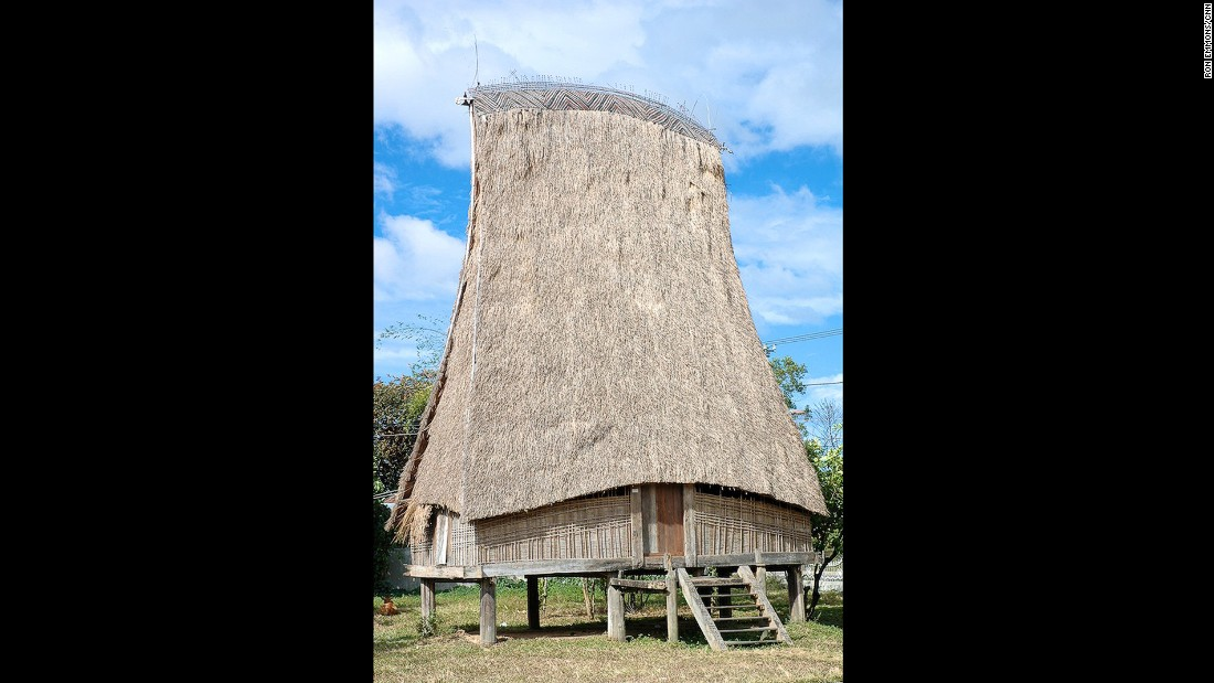 Thatched roofs can be as tall as 30 meters high. The taller the rong, the greater the status of the village.