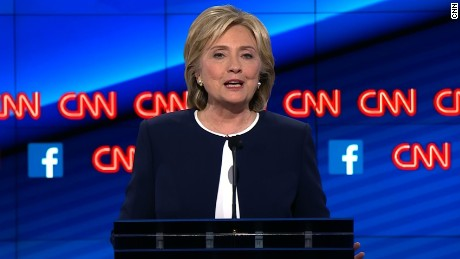 Hillary Clinton defends U.S. decisions in Libya