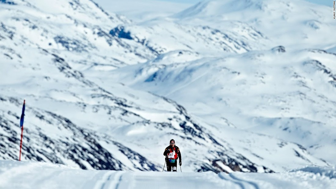 It's 160 kilometers long and held in one of the world's harshest climates. The Arctic Circle Race sees competitors skiing through a snowy wilderness 65 kilometers north of the Arctic circle through temperatures as low as -30 C.